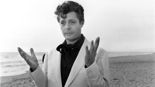 28 de Setembro – 1924 – Marcello Mastroianni, ator italiano (m. 1996).