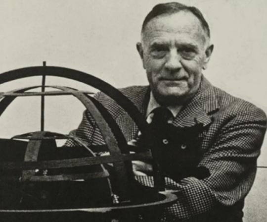 28 de Setembro – 1953 – Edwin Powell Hubble, astrônomo norte-americano (n. 1889)