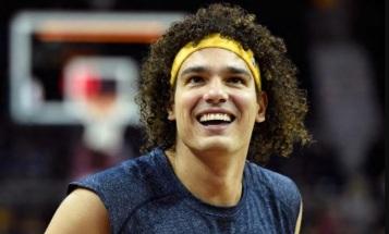 28 de Setembro – 1982 – Anderson Varejão, jogador brasileiro de basquete.