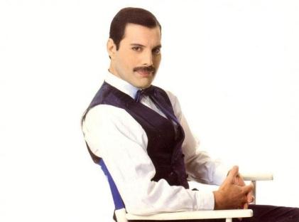 5 de Setembro – Freddie Mercury - 1946 – 71 Anos em 2017 - Acontecimentos do Dia - Foto 11.