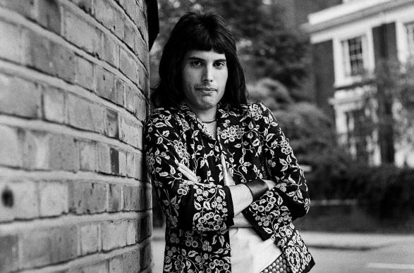 5 de Setembro – Freddie Mercury - 1946 – 71 Anos em 2017 - Acontecimentos do Dia - Foto 13.