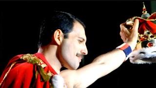 5 de Setembro – Freddie Mercury - 1946 – 71 Anos em 2017 - Acontecimentos do Dia - Foto 24.