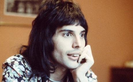 5 de Setembro – Freddie Mercury - 1946 – 71 Anos em 2017 - Acontecimentos do Dia - Foto 4.