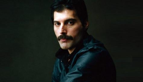 5 de Setembro – Freddie Mercury - 1946 – 71 Anos em 2017 - Acontecimentos do Dia - Foto 5.
