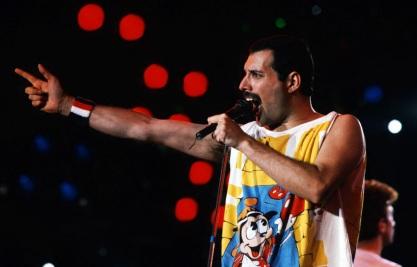 5 de Setembro – Freddie Mercury - 1946 – 71 Anos em 2017 - Acontecimentos do Dia - Foto 8.