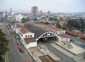 5 de Setembro – Para a esquerda, Porto União, SC, para a direita, União da Vitoria, PR - Foto de Nilson Rodrigues — Porto União (SC) — 100 Anos em 2017.