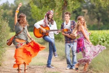 6 de Setembro – 1965 – Um artigo do jornalista Michael Fellon usou a palavra Hippie pela primeira vez.