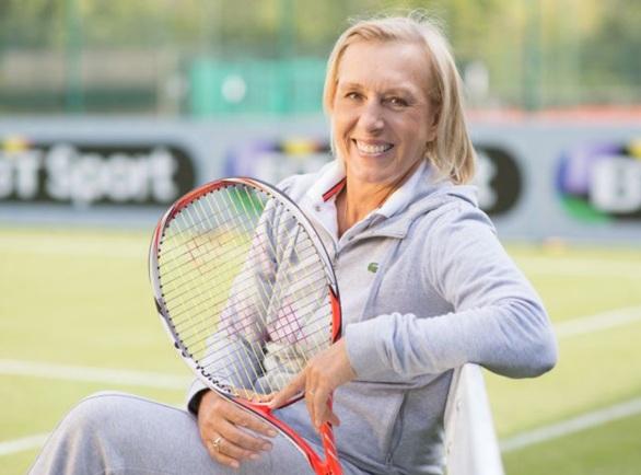 6 de Setembro – 1975 – Martina Navratilova, campeã tcheca de Tênis, deserta e pede asilo aos Estados Unidos.