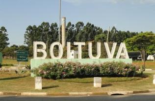 6 de Setembro – Letreiro na entrada da cidade — Boituva (SP) — 80 Anos em 2017.