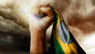 7 de Setembro – Brasil - Mão - Bandeira.
