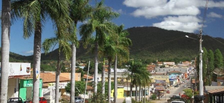 1 de Outubro - Vista parcial da cidade — Campos Belos (GO)— 63 Anos em 2017.