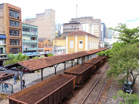 3 de Outubro - Vista da antiga estação da Estrada de Ferro Central do Brasil — Barra Mansa (RJ) — 185 Anos em 2017.