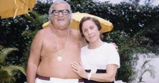 30 de Setembro – Chacrinha - 1917 – 100 Anos em 2017 - Acontecimentos do Dia - Foto 18 - Chacrinha e a companheira de toda a vida, dona Florinda.