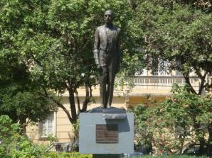 30 de Setembro – Estátua de Arthur Bernardes — Viçosa (MG) — 146 Anos em 2017.
