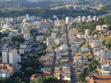 30 de Setembro – Foto aérea da cidade — Viçosa (MG) — 146 Anos em 2017.
