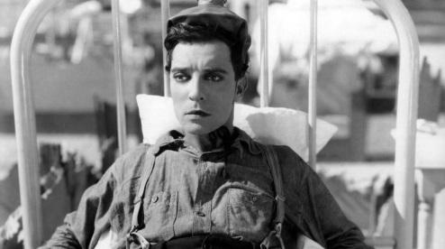 4 de Outubro - 1895 – Buster Keaton, ator, realizador, roteirista e produtor de cinema americano (m. 1966).