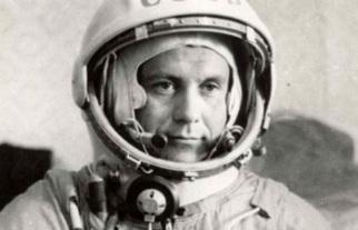 5 de Outubro - 1930 — Pavel Popovich, cosmonauta soviético.
