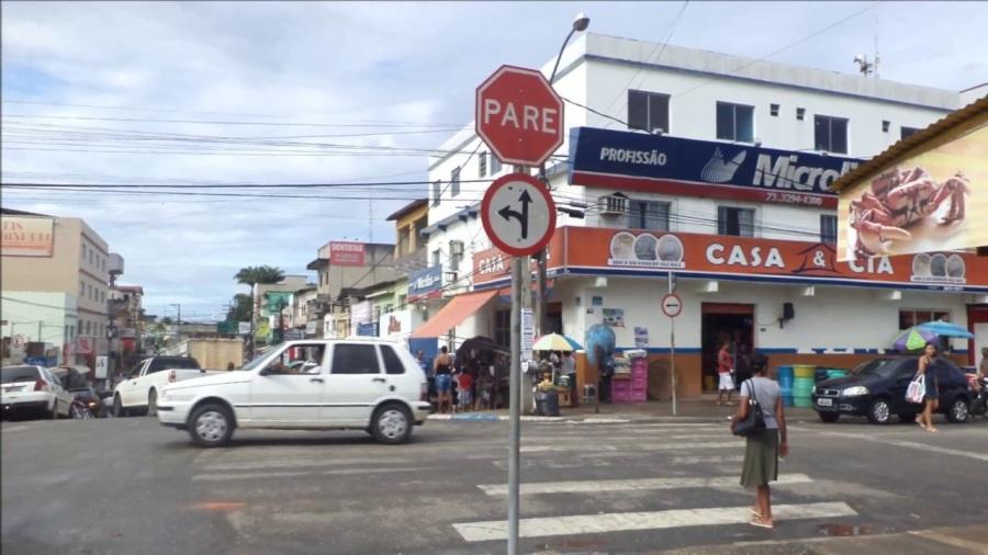 Resultado de imagem para comercio  centro de itamaraju