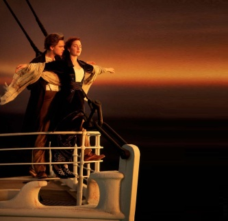 5 de Outubro - Kate Winslet - 1975 – 42 Anos em 2017 - Acontecimentos do Dia - Foto 21 - KateWinslet e Leonardo di Caprio, em 'Titanic'.