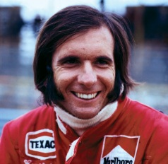 6 de Outubro - 1974 – Emerson Fittipaldi conquista o mundial de Fórmula 1 pela segunda vez.