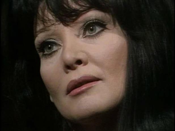 6 de Outubro - 2011 - Diane Cilento, atriz norte-americana (n. 1933).