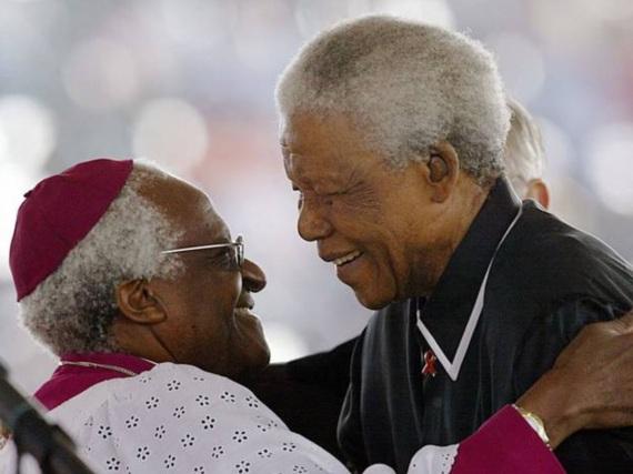 7 de Outubro - Desmond Tutu- 1931 – 86 Anos em 2017 - Acontecimentos do Dia - Foto 22 - Desmond Tutu e Nelson Mandela.