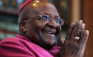 7 de Outubro - Desmond Tutu- 1931 – 86 Anos em 2017 - Acontecimentos do Dia - Foto 9.
