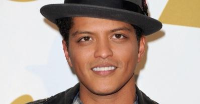 8 de Outubro - 1985 – Bruno Mars, cantor e compositor norte-americano.