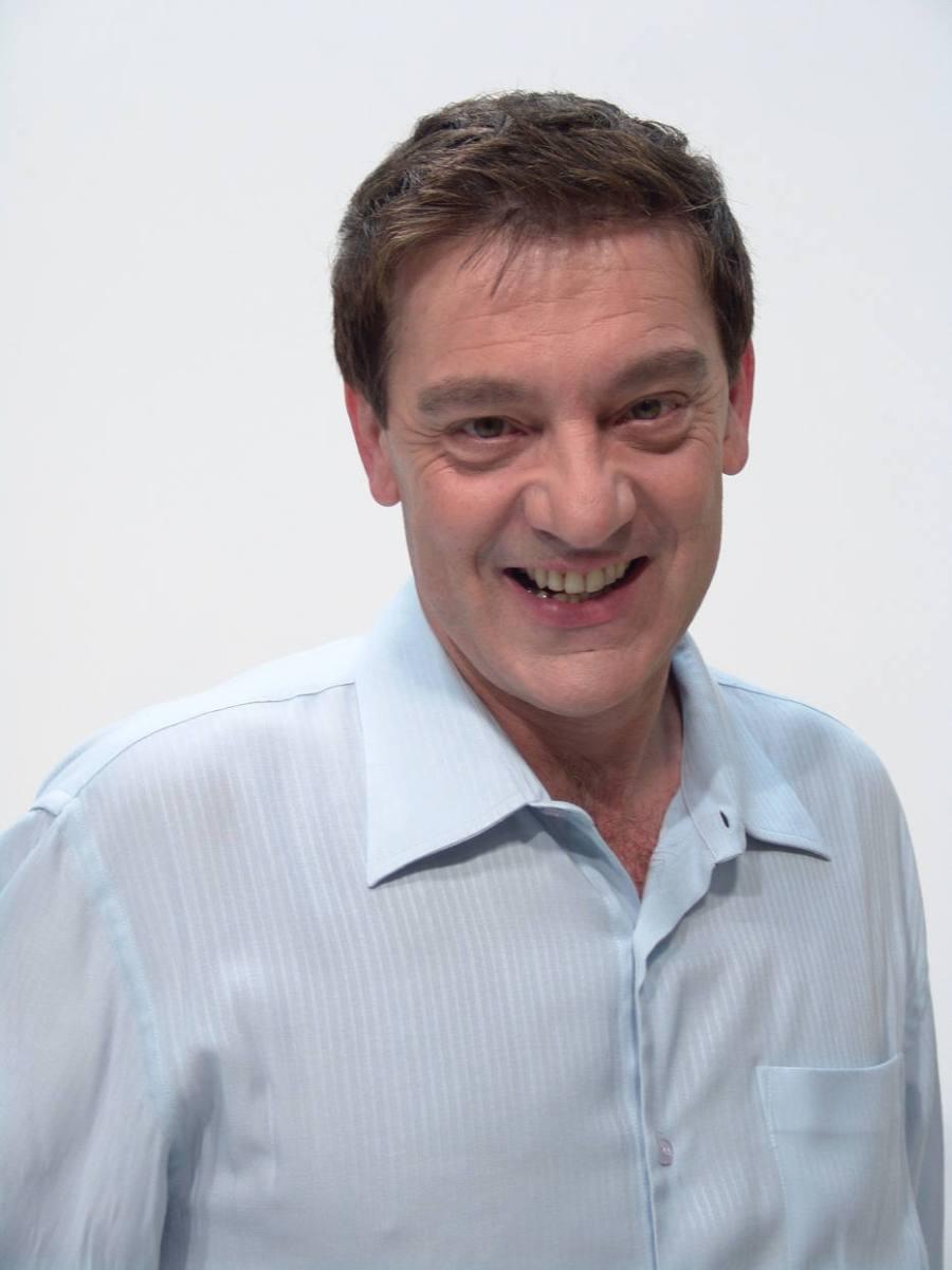 Médium Luiz Gasparetto morre aos 68 anos